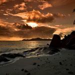 Abendlicht an der Anse Source d´Argent auf La Digue , Seychellen
