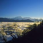 Der Kangchendzönga über dem Wolkenmeer