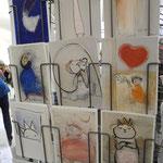 Koni, bekannte Grafikerin aus OÖ Linz, kommt erstmalig zum Textilkunst Markt im Waldviertel und zeigt Zeichnungen auf Papier und  Karton,