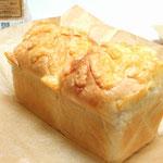 オニオンチーズベーコン食パン