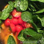 …Kartoffeln, Butternuss, Spinat, Tomaten, getrocknete Limetten, Berberitzen…