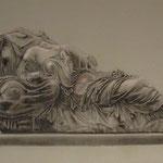 Escultura 1: 40x55. Carboncillo papel