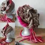 21 zandkleurige band met roze zand snake patroon