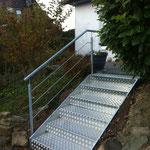 Falttreppe Aluminium mit verzinktem Geländer
