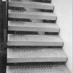 Stufen aus Lochblech