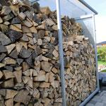 Holzständer für Kaminholz