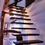 Mittelholmtreppe Stahl Holz