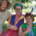 2019 beim FOENIX-Festival: Lisi, Dagmar und Maria