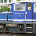 Mai 2016: TM 237 der OBB. Abgestellt im Bahnhof von Rüti (Aufnahme vom Juni 2013).