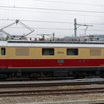 November 2020: Re 4/4 - Nummer 10034. Fotografiert beim Bahnhof Wettingen. (Aufnahme vom Februar 2018.)