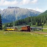 Mai 2018: RhB Lokomotive mit der Nummer 353 und der Typenbezeichnung Ge 4/6.  Baujahr 1914. (Aufnahme vom Juli 2004).