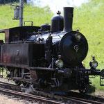 Juni 2018: Aufnahme der Lok Nr. 51 von 1906 im ehemaligen Bahnhof Wasen.  (Aufnahme vom Juni 2017.)