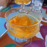 eine Möglichkeit des Verzehr - Mango - Sekt - Bowle