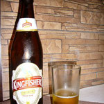 そしてインドのビール、キングフィッシャもお出迎え。もう干乾びそう。。。カンパーイ!!!