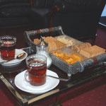 夕方ホテルに戻ると、お茶とお菓子のサービスがあります。