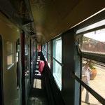 列車に乗ってカサブランカに到着~。