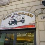 ローマには、「パパラッチ・カフェ」もあります。