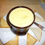 メインはyukazoが大好物のチーズ・フォンデュ。そしてこの周辺の名物。美味しかった~。