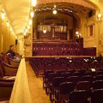 こんな素敵な劇場があるなんて、プラハの人は幸せですね。