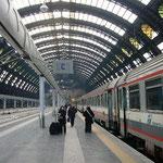 ミラノからは列車に乗り換えてさらに南下します。