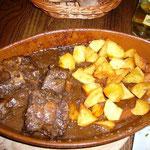 牛肉の煮込み。のりのりの大好物。
