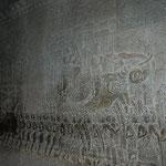 回廊の壁画には様々なストーリーが描かれています。
