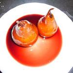 のりのりは洋梨の赤ワイン煮。これもシンプルで美味しかった~。