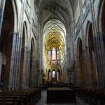さて、聖ヴィート大聖堂に入ります。
