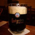この黒ビールもうまい!
