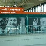 ローマの空港に来ました。実にシネマです。