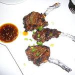 メインは骨付きカルビのおしゃれ・バージョン。とても柔らかい牛肉&上品な味付けでした。
