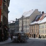 旧市街はこんな感じ。