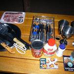 食材と調理器具もバッチリ揃いました。