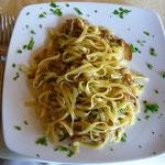 着いた日のランチは、ポルチーニ茸のスパゲッティ。