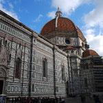 「約束の日が来たら、塔の上で逢いましょう」の方のドゥオモ君です。間違えてミラノに行っちゃダメよ!