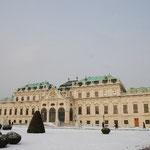ベルデヴェーレ宮殿です。