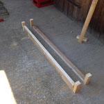 Holz zusägen und bereitlegen
