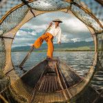 Fischer auf dem Inlesee in Myanmar- Foto: Anne Berlin, Siegerbild im Fotowettbewerb von CEWE - 26.09.2019 Siegerehrung in Wien