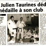 14 Octobre 2008 (Midi Libre): Julien Taurines dédie sa médaille à son club