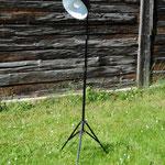 Tripod Studiolampe im Industriedesign