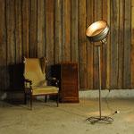 Scheinwerfer Stehlampe im Vintage Industriedesign