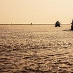 Lac d'eau de pluie en allant vers la dépression du Danakil