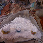 Petit marchévers Dila, vente de sel