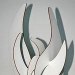 """""""O.T."""" 28 x 25 x 21 cm, 2009, Holz, Lack, Aquarellfarbe"""
