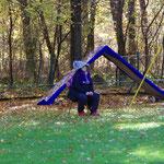 Ein Weiblein sitzt im Walde ganz still und stumm... ;-))