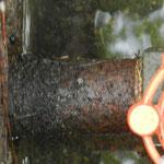 給水管腐食により漏水しておりました。