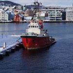 Einfahrt in den Hafen von Tromsö