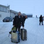 Ankunft im Flughafen Leknes