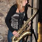 Isabella - eine sensationelle Saxophonspielerin