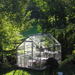 le jardin devant le gite